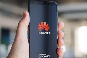Hứng 'đòn đau' của Mỹ, Huawei vẫn lên tiếng bênh vực Apple