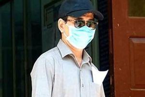 Sau khi bị khởi tố vì 'nựng' bé gái trong thang máy, ông Nguyễn Hữu Linh bây giờ ra sao?