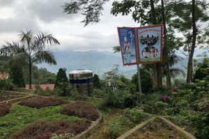 Biến sân trường thành công viên để giữ chân học sinh vùng cao
