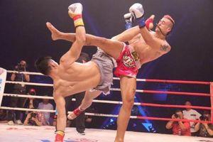 'Đệ nhất Thái Cực' tung tuyệt kỹ đẹp mắt hạ đo ván võ sĩ Muay Thái