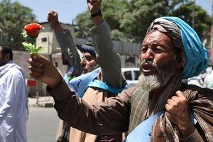 Phe đối lập Afghanistan đàm phán Taliban: Bàn tay Nga ra hiệu