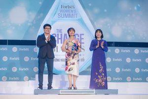 NSƯT Trần Ly Ly được Forbes vinh danh 50 phụ nữ ảnh hưởng nhất Việt Nam 2019