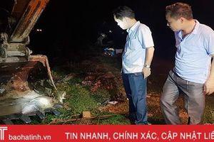 Hà Tĩnh chỉ đạo ngành công an làm rõ việc vứt xác lợn chết trên kênh