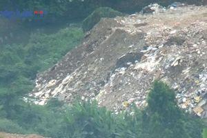 'Núi' phế thải cao như nhà tầng ở phường Xuân La: Công an quận Tây Hồ đã quyết liệt xử lý?