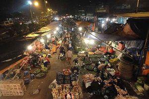 Ra cáo trạng truy tố các bị can trong vụ án 'bảo kê' tại chợ Long Biên