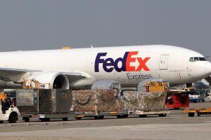 FedEx xin lỗi Huawei vì 'giao nhầm' địa chỉ