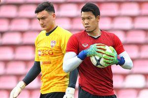 Đặng Văn Lâm: 'Chúng tôi tránh nói chuyện đội tuyển dự King's Cup'