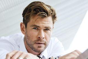 'Thần sấm' Chris Hemsworth phong trần trên bìa tạp chí