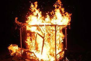 Khuyến nghị không đốt đồ mã, vàng mã trong các cơ sở thờ tự, di tích và lễ hội:Thực trạng, biến tướng và hệ lụy