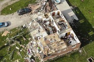 Lốc xoáy tại Mỹ khiến hàng triệu người sống trong cảnh mất điện