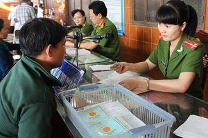 Bộ Tài chính dự tính đổi đơn vị thu lệ phí cấp thẻ căn cước công dân
