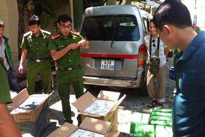 Đà Nẵng: Gắn biển giả, vận chuyển gần nửa vạn bao thuốc lá lậu giữa thành phố