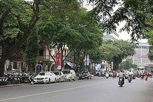 Hà Nội rào chắn đường Trần Hưng Đạo để thi công ga ngầm Nhổn - ga Hà Nội
