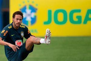 Neymar bị tước băng thủ quân Brazil trước thềm Copa America