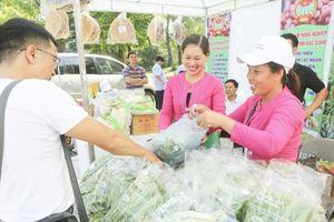 Phụ nữ đóng góp quan trọng nâng cao nhận thức xã hội về an toàn thực phẩm