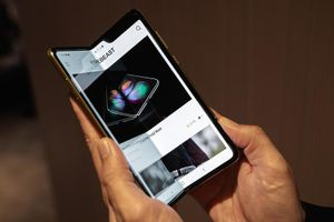 Samsung tiếp tục hoãn ngày phát hành Galaxy Fold
