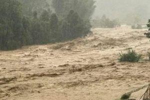 Thiệt hại gần 1,5 tỷ đồng do mưa lũ, sạt lở đất trong 2 ngày qua