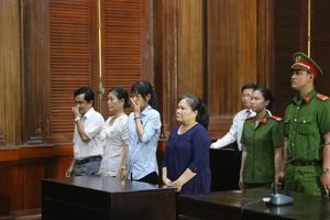 Nữ cán bộ 'rút ruột' quỹ người nghèo bị phạt 20 năm tù