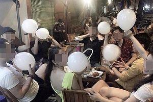 Cấm sử dụng 'bóng cười' tại Hà Nội