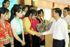 Ủy ban Dân tộc gặp mặt Đoàn học sinh giỏi tiêu biểu người DTTS thuộc các trường DTNT tỉnh Hòa Bình