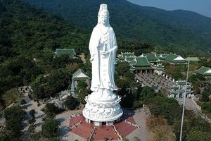 Ảnh tượng Phật Quan Thế Âm Bồ Tát lọt top 50 bức ảnh du lịch đẹp nhất của CNN