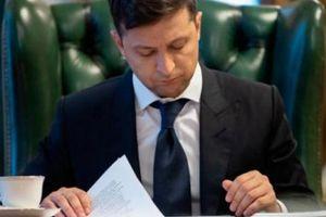 Nóng: Zelensky tuyên bố cuộc chiến với Nga, bãi nhiệm 2 bộ trưởng