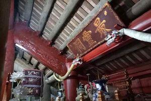 Khay thờ quý ở đình Văn Xá đã được 'cất kỹ'