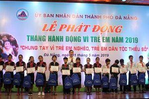Hơn 400 suất quà tặng nhân Tháng hành động trẻ em