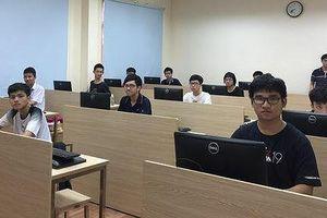 7 học sinh Việt Nam giành huy chương Bạc Olympic Tin học Châu Á