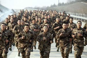 Trung Quốc cảnh báo hành động của Mỹ ở eo biển Đài Loan là đang 'đùa với lửa'