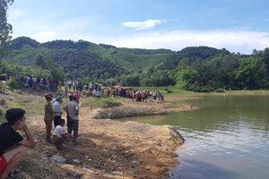 Rủ nhau đến đập nước dã ngoại, 5 học sinh tử vong