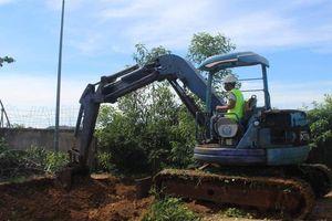 Khai quật hệ thống nước thải của Công ty Mauri đầy tai tiếng