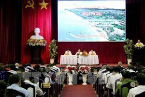 Lãnh đạo tỉnh Bình Thuận đối thoại với 300 doanh nghiệp