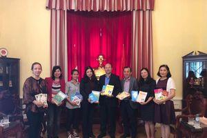 Xây dựng lớp tiếng Việt cho con em kiều bào tại Áo
