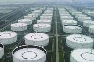 EIA: Dự trữ dầu thô của Mỹ giảm ít hơn dự báo