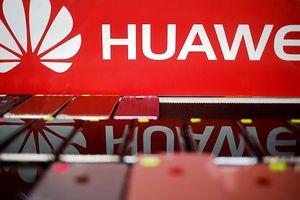 Huawei đuổi nhân viên Mỹ về nước