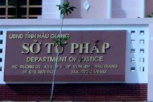 Phó giám đốc Sở Tư pháp Hậu Giang nói lý do từ chối chuyển công tác