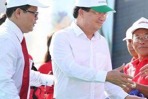 Phó Thủ tướng cùng khởi động chương trình 'Một triệu lá cờ Tổ quốc cùng ngư dân bám biển'