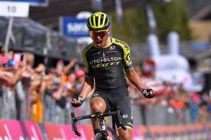 Giro d'Italia: Chaves 'can trường' quay trở lại đầy ấn tượng