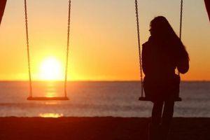 Đôi lần, em tưởng mình đã chết vì cô đơn...