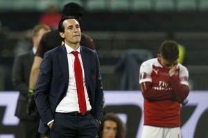 Hụt vé Champions League, Arsenal 'thắt lưng, buộc bụng'