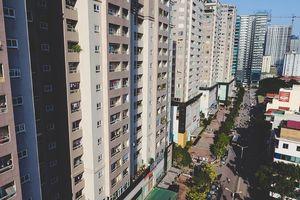 'Nhồi cao ốc', điều chỉnh hạ tầng tại các thành phố lớn: Trách nhiệm thuộc về ai?