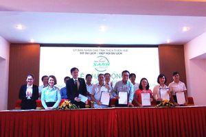 Ngành du lịch Thừa Thiên Huế ký cam kết 'Chống rác thải nhựa'