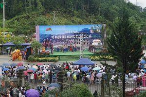 Tưng bừng khai hội Festival Cao nguyên trắng Bắc Hà