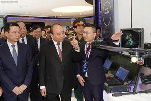 Thủ tướng: Đất nước cần nhiều doanh nghiệp như Viettel