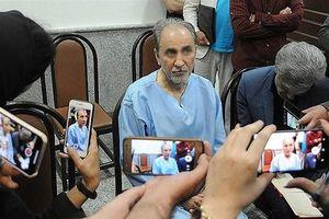 Cựu Thị trưởng Tehran giết vợ trẻ và thú tội đầy kịch tính