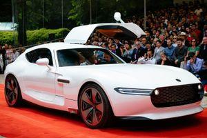 'Họ hàng' nhà Mercedes-Benz ra mắt siêu xe mạnh 1.200 mã lực