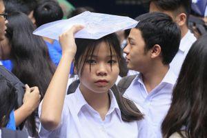 Đề thi Toán vào lớp 10 ở Hà Nội có câu hỏi khó