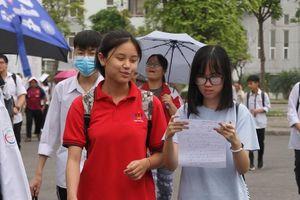 Thi vào lớp 10 Hà Nội: 5 thí sinh bị đình chỉ trong ngày đầu