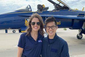 Giáo viên gốc Việt được bay cùng phi đội hải quân Mỹ